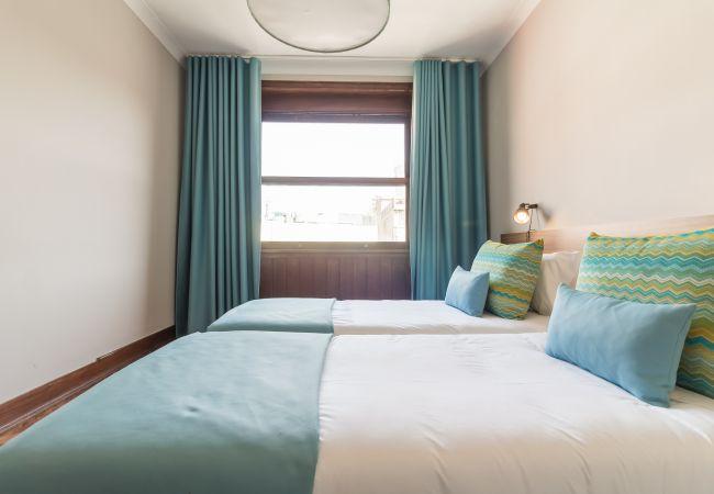 Apartment in Oporto - Your Opo Santa Catarina 4E