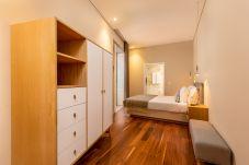 Apartment in Porto - Your Opo S. Bento 3A